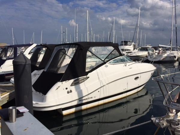 Rinker 290 Express Cruiser