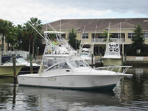 Albemarle 320 Express Fisherman Profile