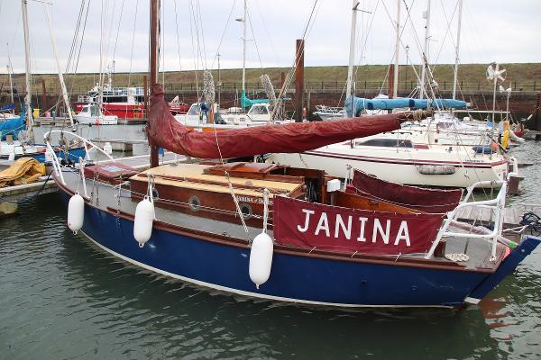 Classic Burmese teak yacht Yachting World 5 tonner Janina