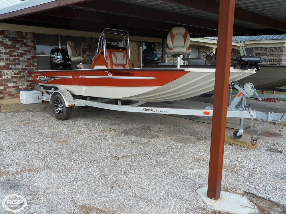 Alumacraft 1860 Bay Boat 2017 Alumacraft 1860 Bay Boat for sale in Refugio, TX