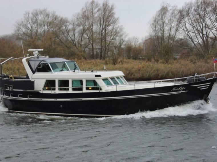 Pieter Beeldsnijder Spitsgatkotter 15.50 Cabrio