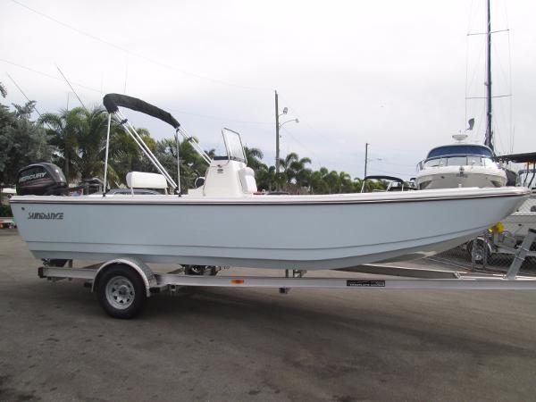 Sundance Boat 22 DX