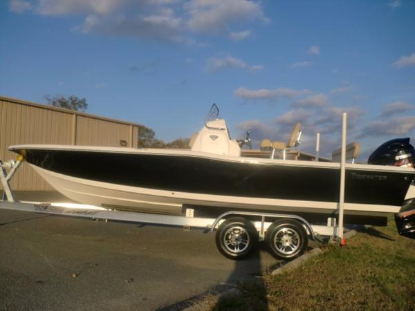 Tidewater Boats Bay Max 2400