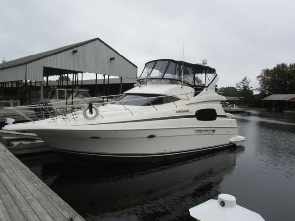 Silverton 410 Sport Bridge
