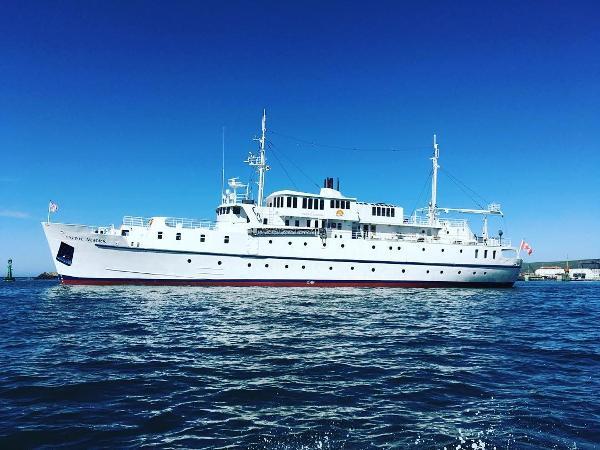 Custom Canada Engineering Cruise