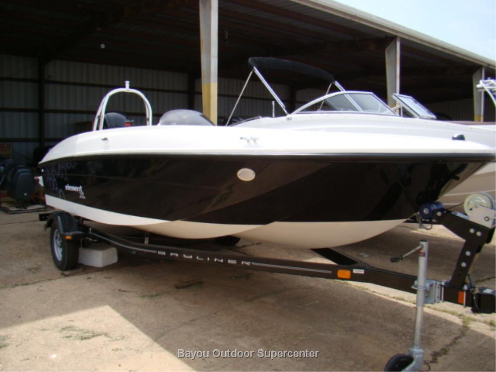 Bayliner Element XL (Arctic White/Black w/115 HP Mercury 4 Stroke)