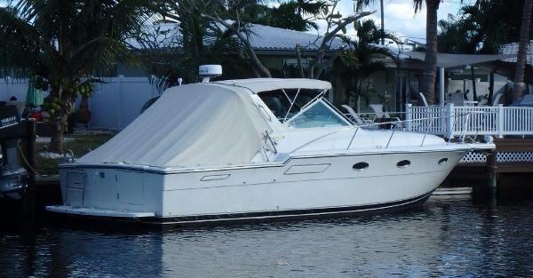 Tiara 3300 Open Starboard profile