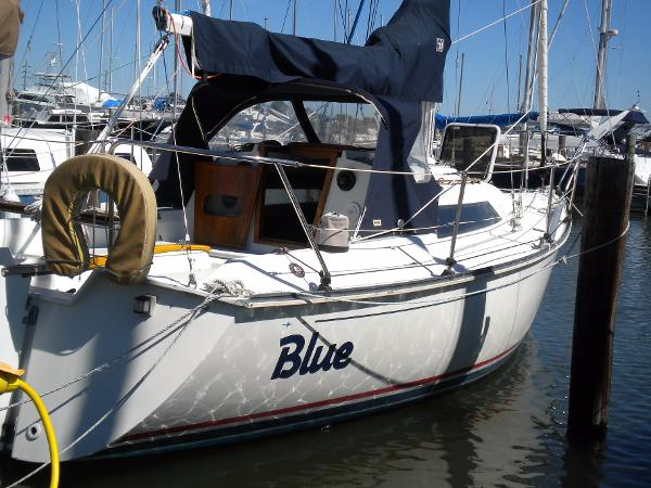 C&C sail aft starboard quarter profile
