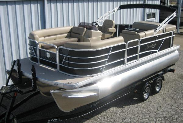 Sweetwater 2086 Cruise Tri-toon