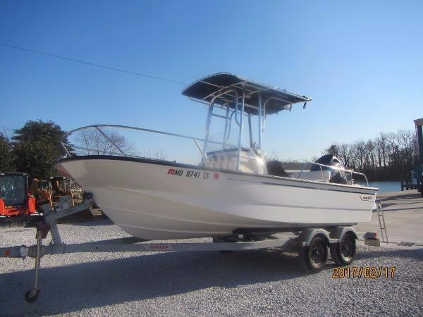 Boston whaler 190 montauk boats for sale 4 for Outboard motor shop oakland