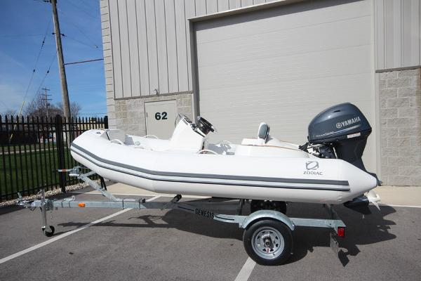 Zodiac Yachtline 360 DL NEO 40hp In Stock