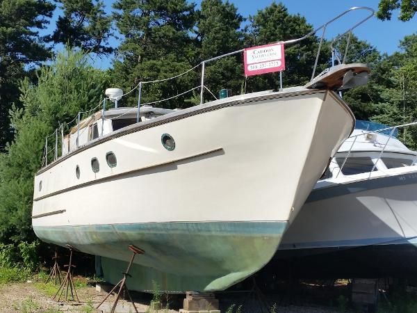 Custom PH Trawler coastal cruiser