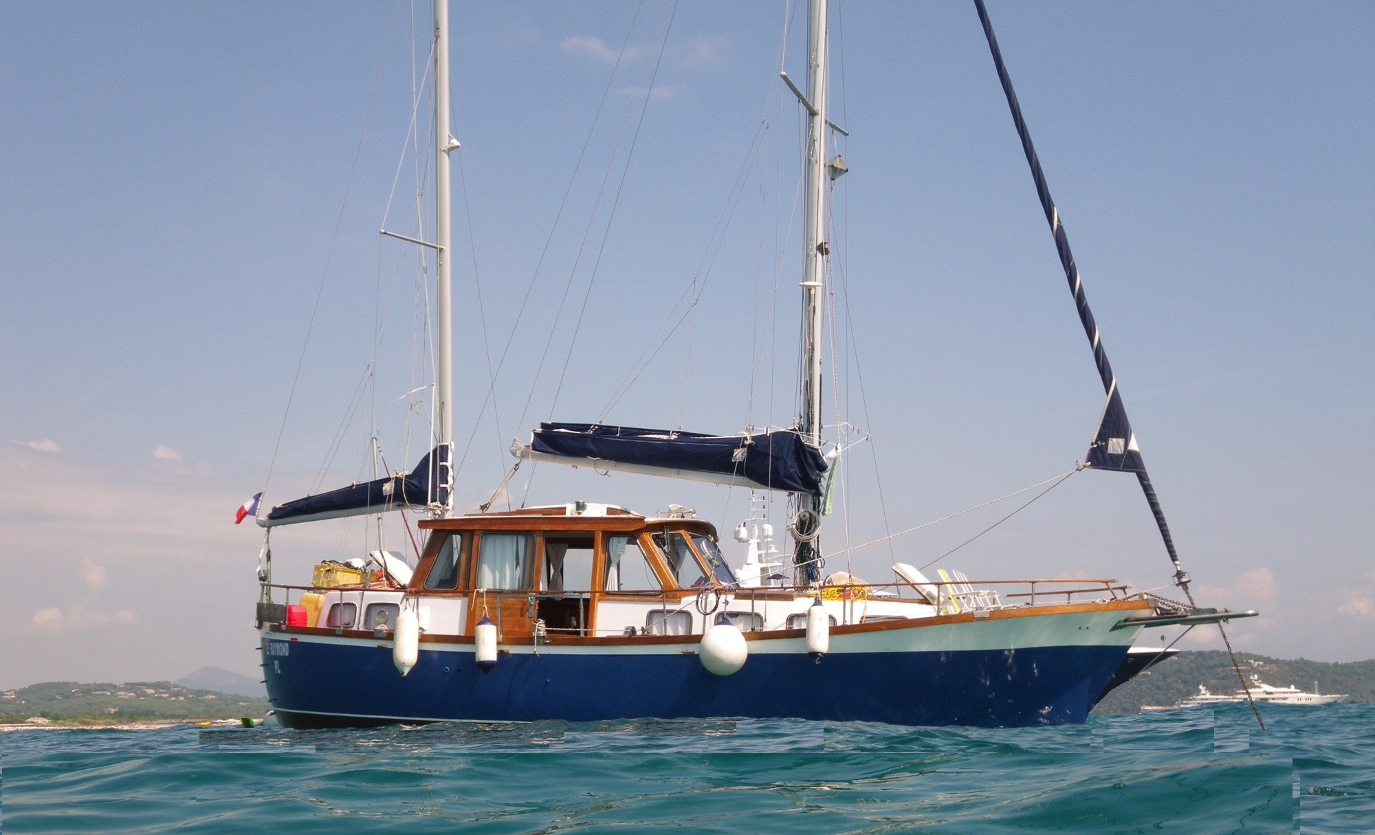 Boatyard NAUTICAT 33