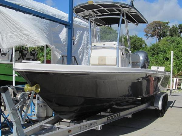 Sea Chaser 250 LX Bay Runner