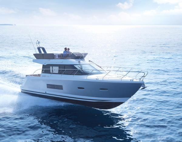 Sealine F380 Manufacturer Provided Image: Sealine F380