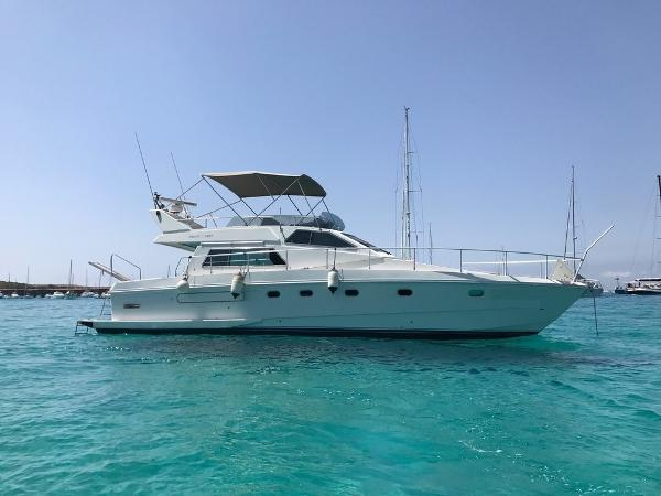 Ferretti Yachts Altura 44S