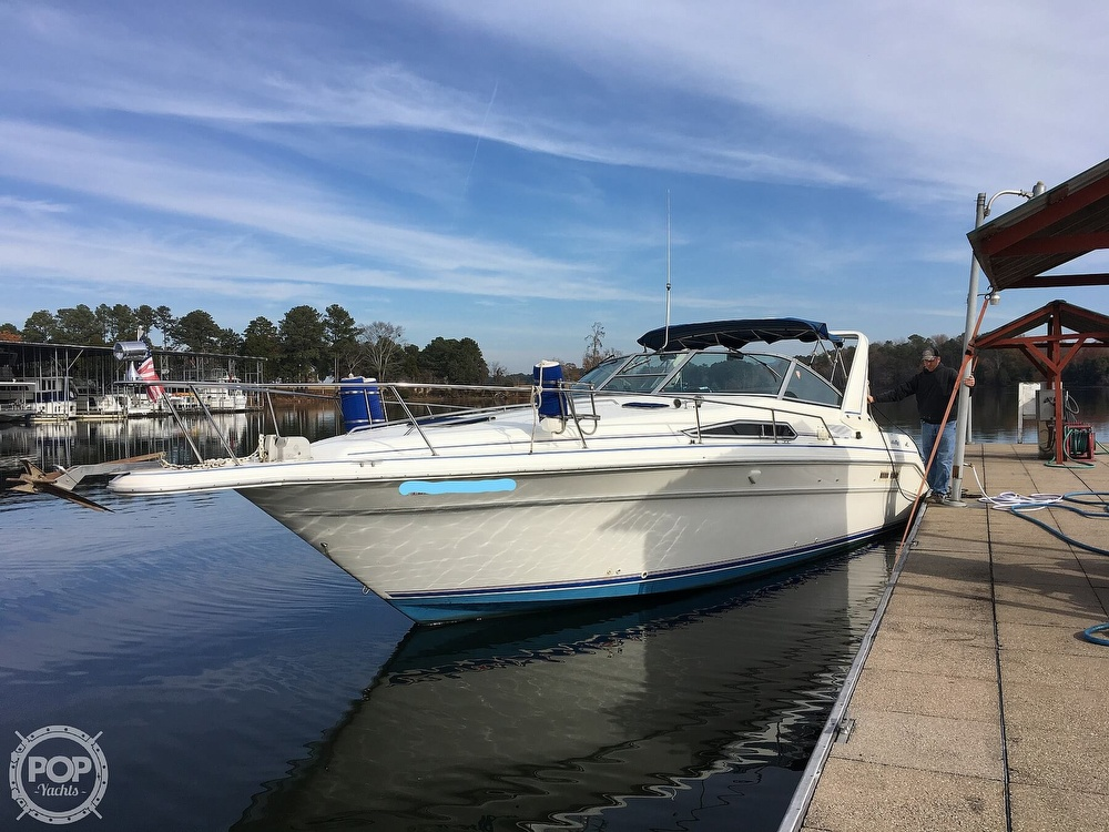 Sea Ray 330 Express Cruiser 1992 Sea Ray 330 Sundancer for sale in Scottsboro, AL