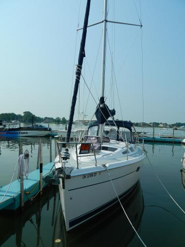 Hunter 356 At Dock