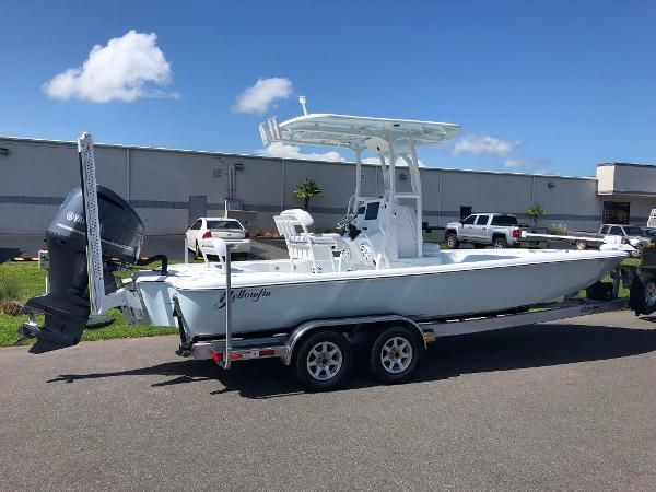 Yellowfin 24 Bay CE