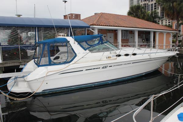 Sea Ray 400 Express Cruiser Sea Ray 400 Express Cruiser