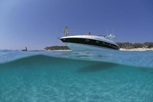 Fairline Targa 40 Manufacturer Provided Image: Targa 40