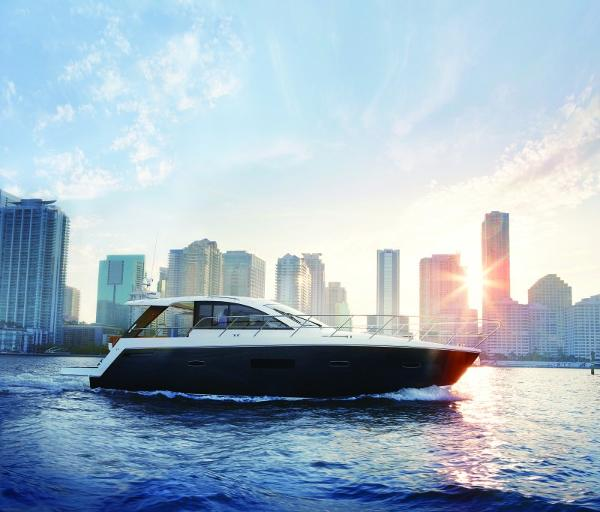 Sealine S450 Manufacturer Provided Image: Sealine S450