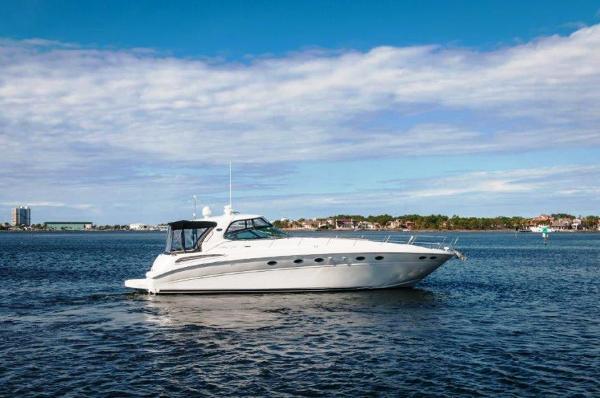 Sea Ray 510 Sundancer Profile