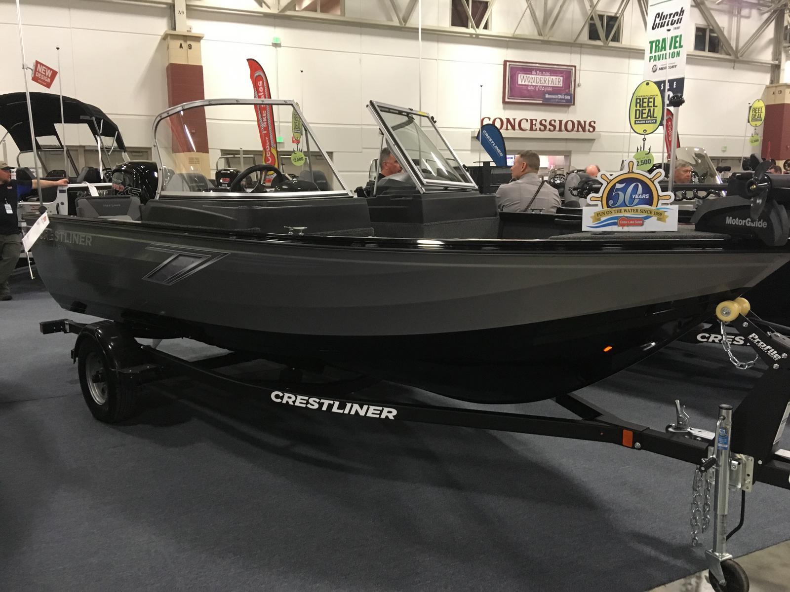 Crestliner 1650 FISH HAWK WT JUMPSEAT