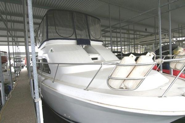Mainship 34 Motor Yacht Mainship 34 Motor Yacht