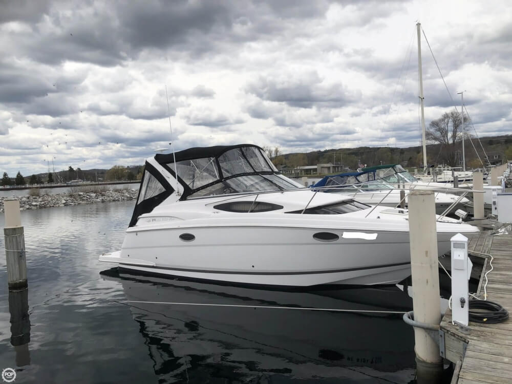 Regal 30 Express 2014 Regal 30 Express for sale in Charlevoix, MI