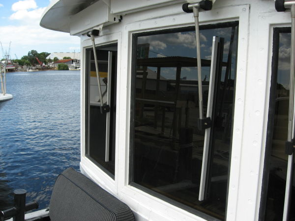 Pilothouse windows