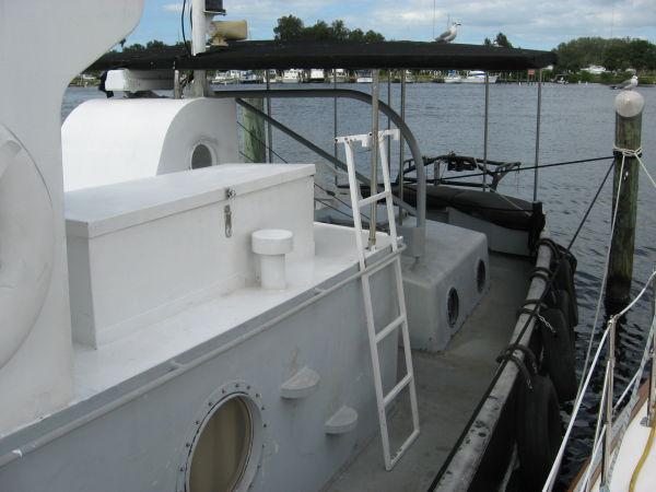 Port stern