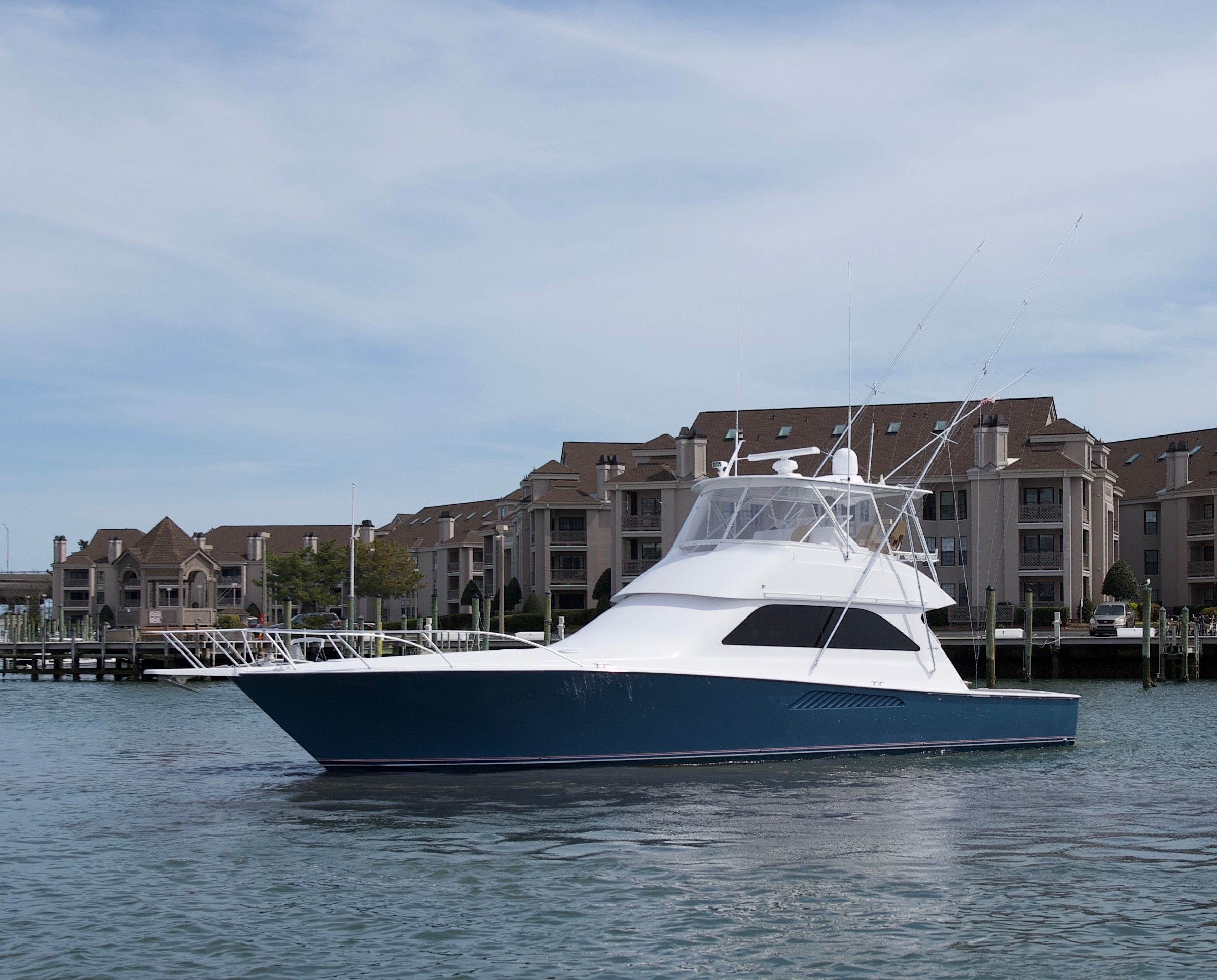Viking 52 Convertible Port Profile