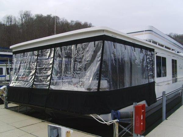 Sunstar 16x64 Houseboat