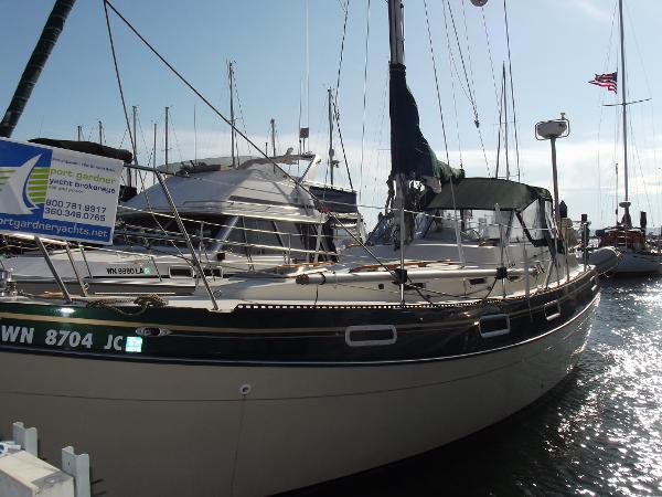 Bayliner Buccaneer 32