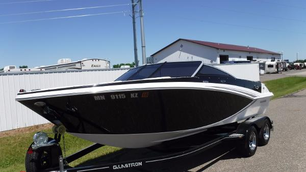 Glastron GT 205