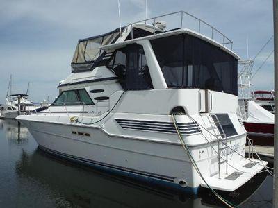 Sea Ray 440 Aft Cabin