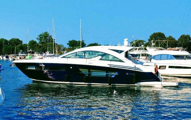 Cruisers Yachts 60 Cantius
