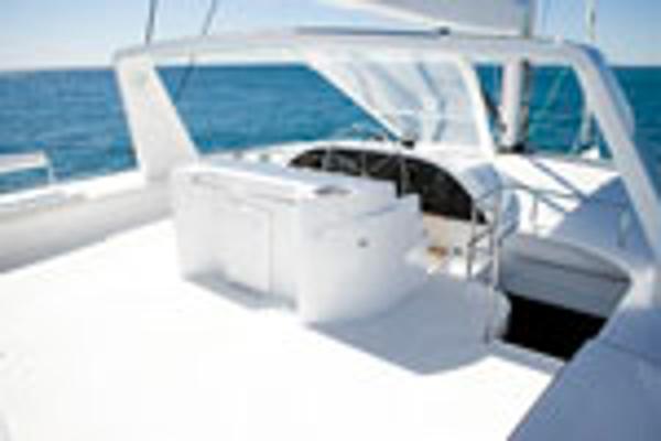 Matrix Yachts Silhouette 760 Helm