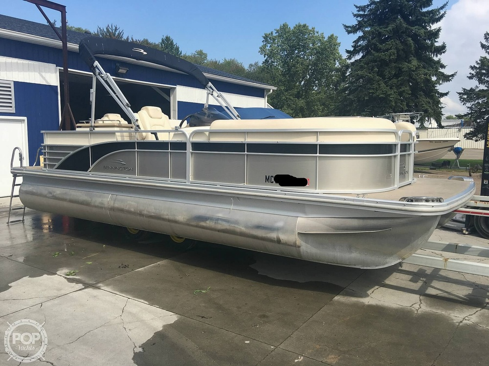 Bennington 2250GBR 2014 Bennington 2250GBR for sale in Port Huron, MI