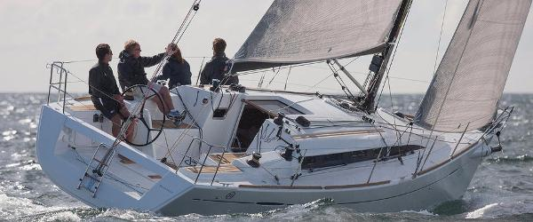 Beneteau First 35 CARBON