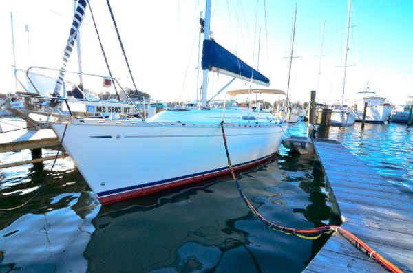 Dufour Classic 36 At the Dock