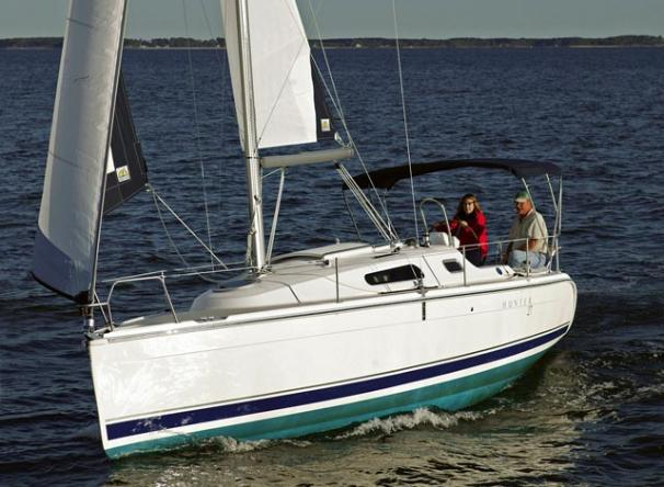 Hunter 27 Hunter 27 Manufacturer Provided Image