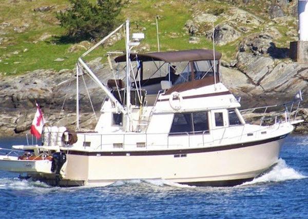 Coastal Craft Prairie Trawler Tri Cabin