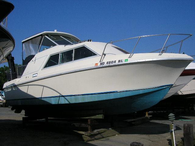 Winner Boats 24 Sedan