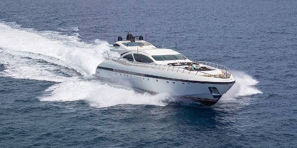 Overmarine Mangusta 130
