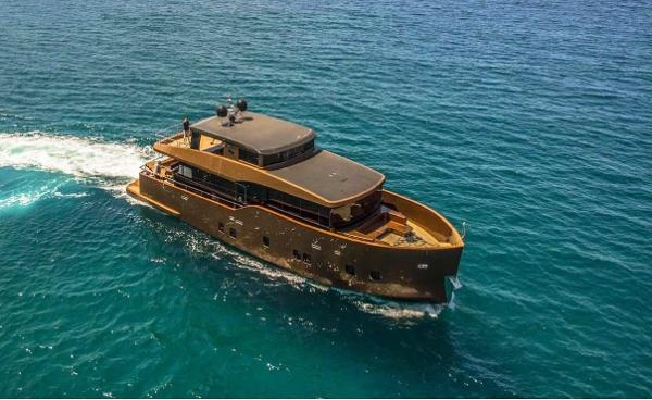 Custom TRAWLER 24