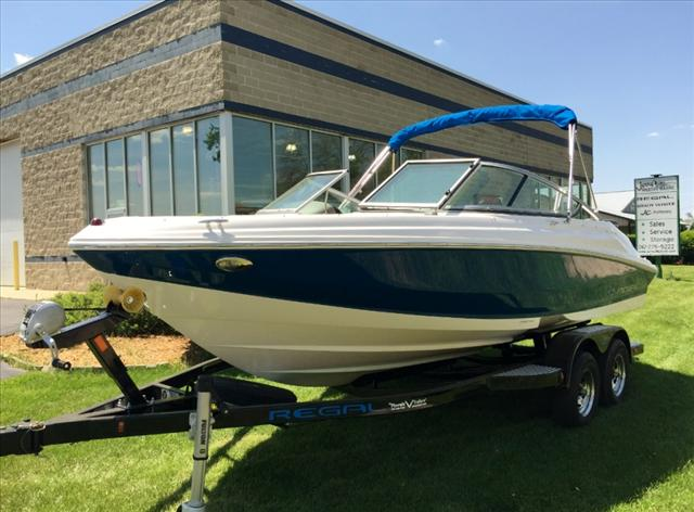 Regal Bowrider 2000 ES
