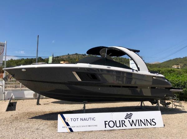 Four Winns H290