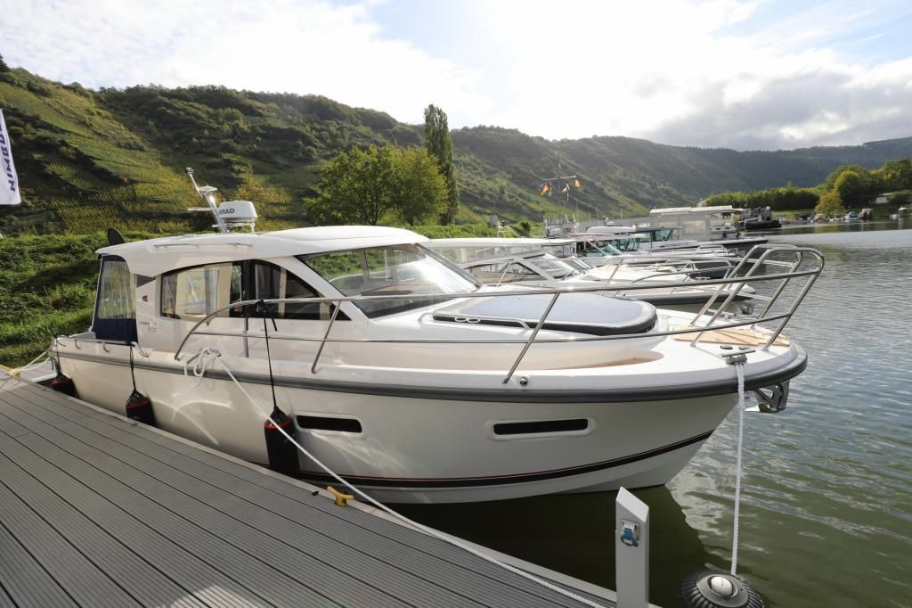 Nimbus 305 CoupeAusstellungsboot